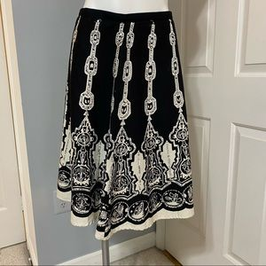 Silkland Black and White Sequence Skirt- 8P